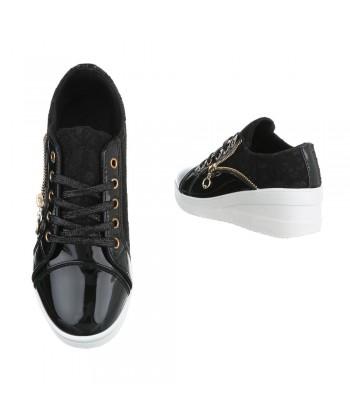 Modni čevlji črni s čipko in platformo