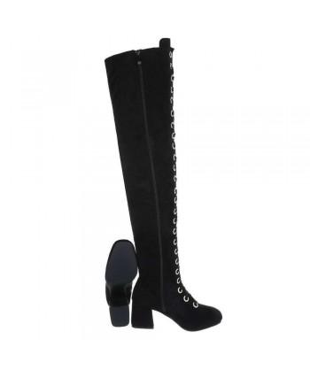 Škornji visoki nad koleni z vezalkami iz nove kolekcije