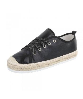 Modni čevlji z rafija obrobo podplata