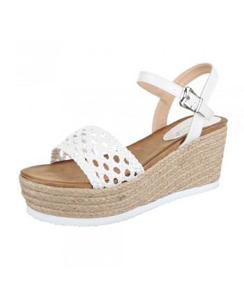 Sandali beli s paski