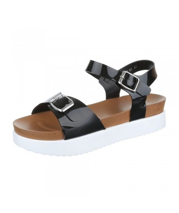 Sandali s platformo in paski