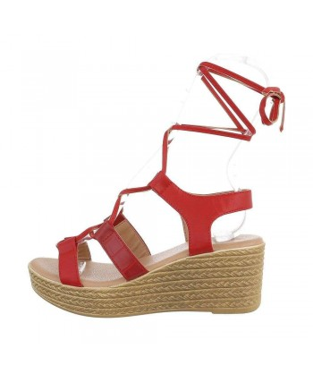 Sandali rdeči v stilu gladiatork iz nove kolekcije