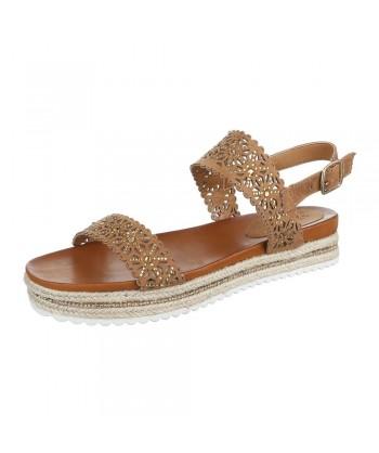 Modni sandali s paski iz nove kolekcije